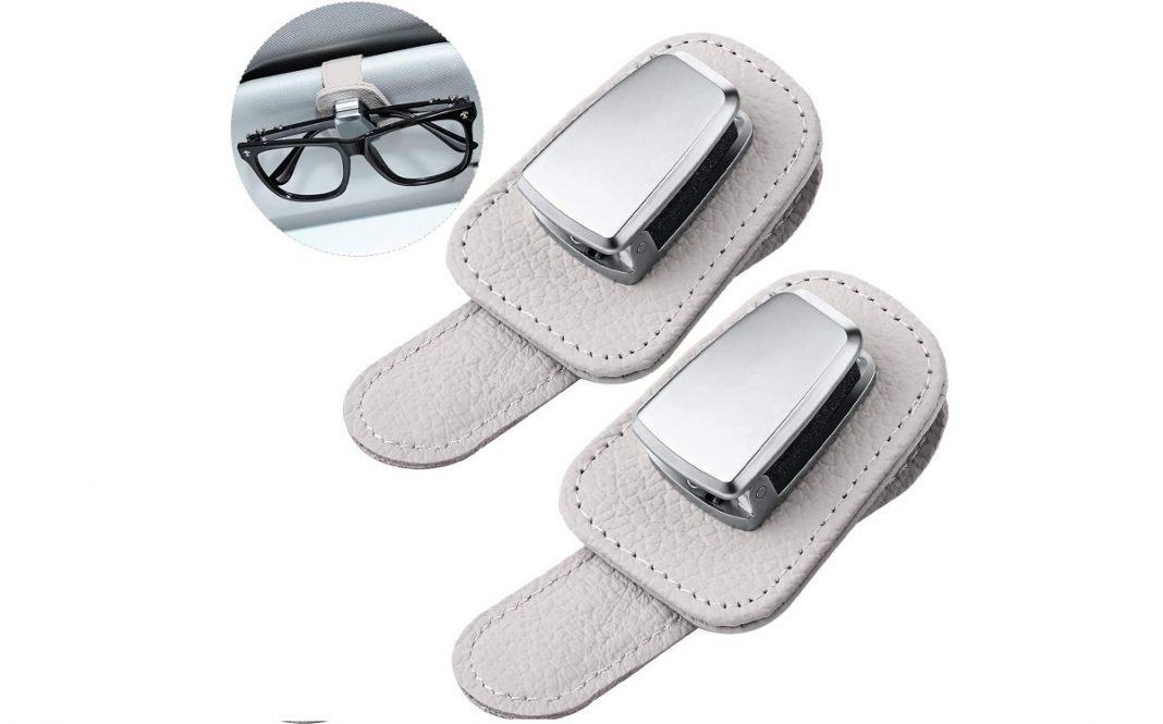 SOporte para llevar las gafas en el coche