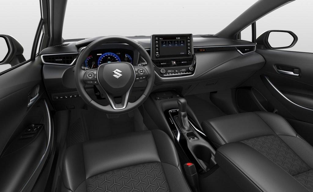 Imagen interior Suzuki Swace
