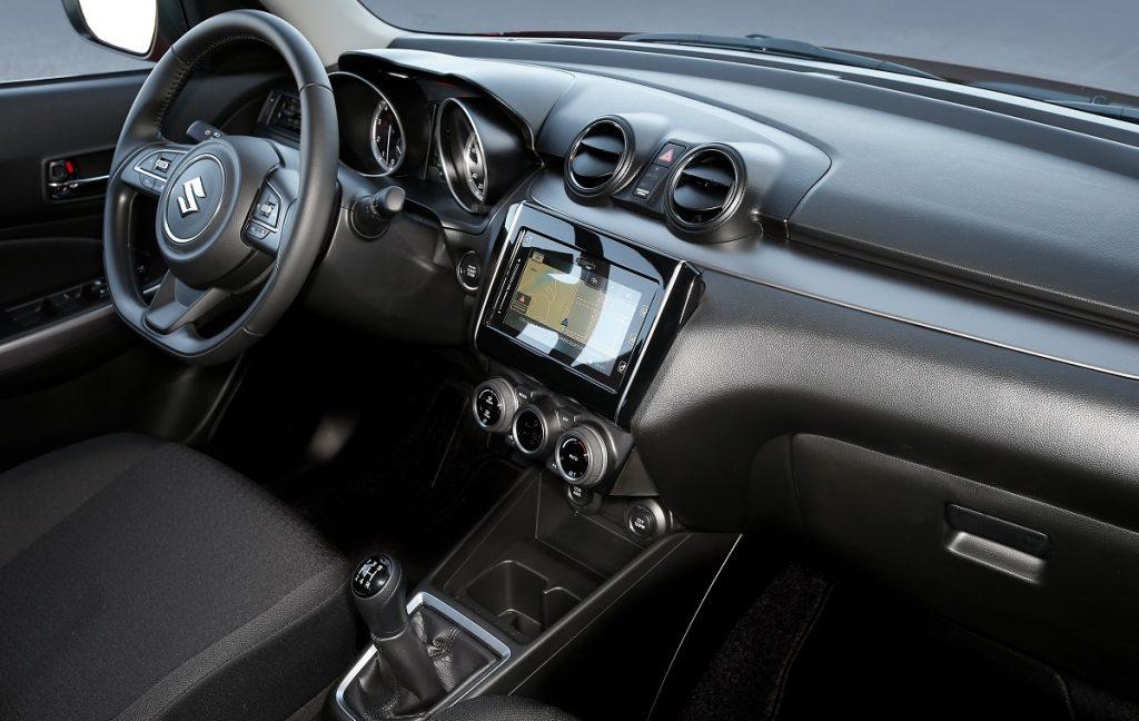 Imagen interior del Suzuki Swift