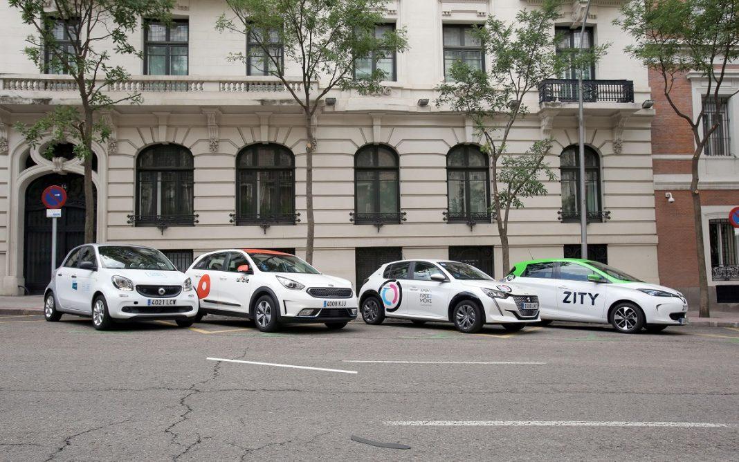 Imagen de cuatro coches de Car Sharing