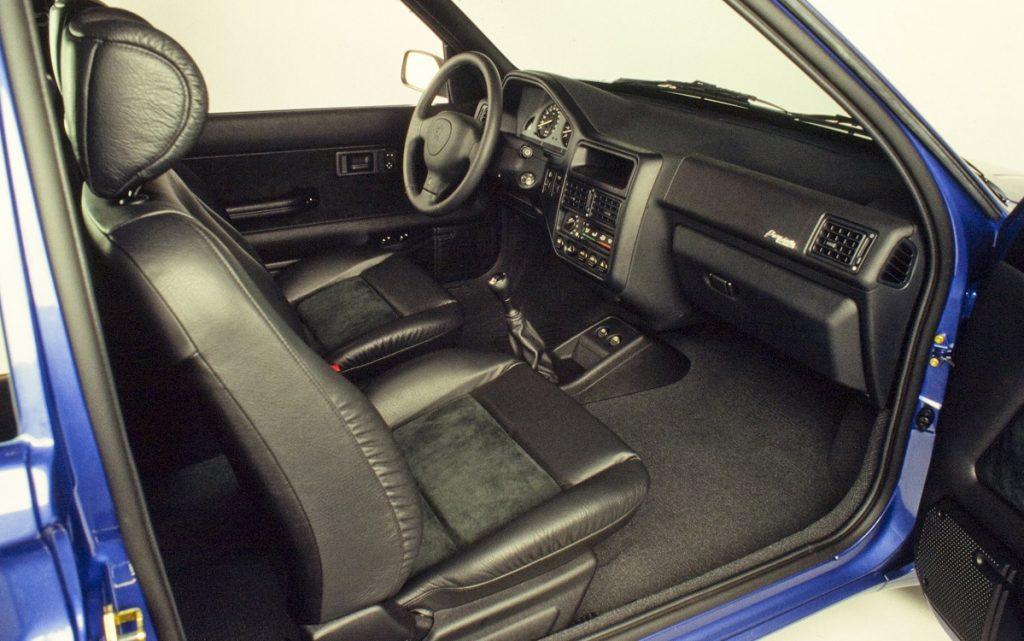 Imagen interior del Peugeot 106 premium