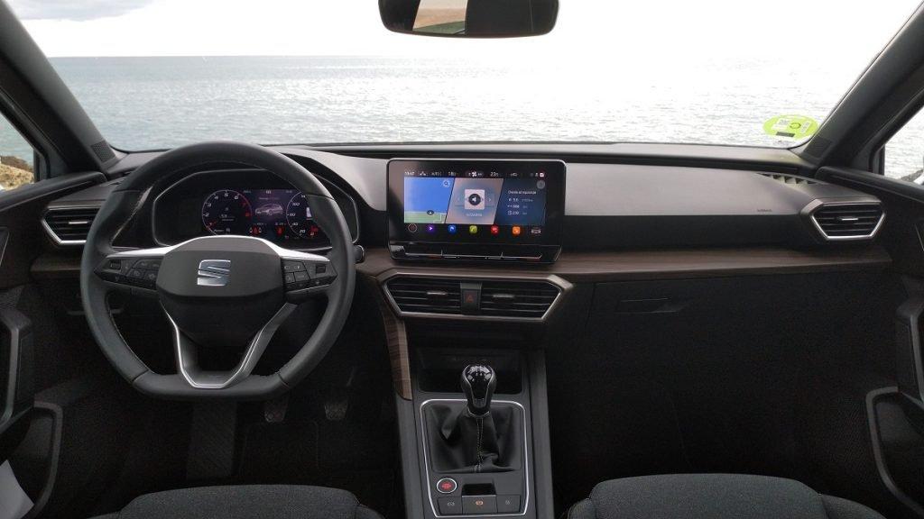 Vista del salpicadero del nuevo Seat León