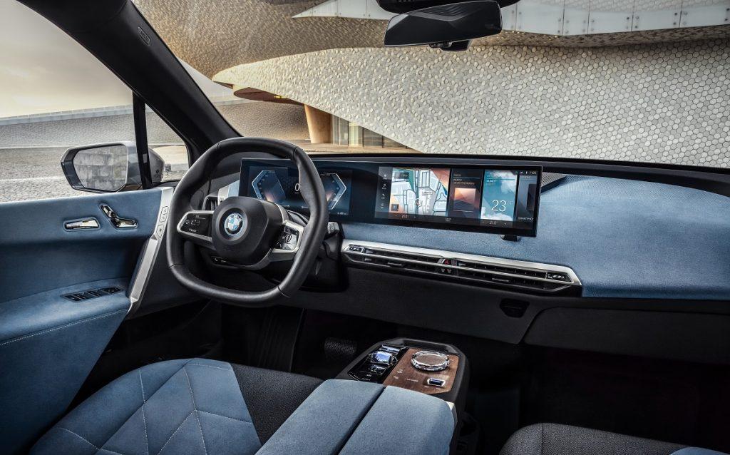 Imagen interior del BMW ix
