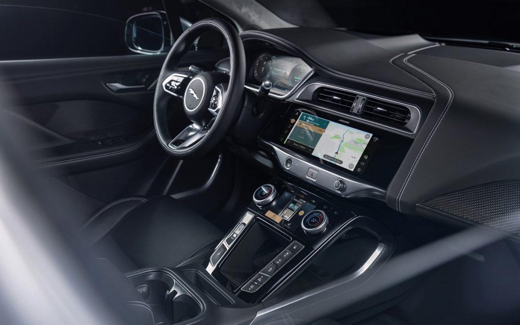 Imagen de un Jaguar i-Pace por dentro