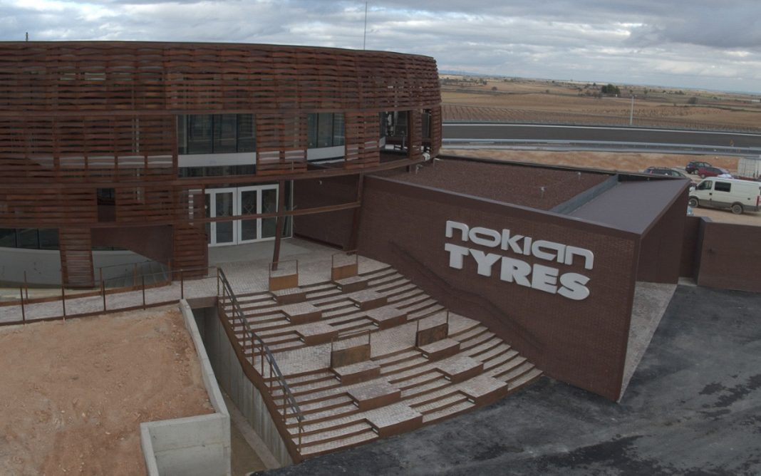 Edificio principal del Centro Nokian en España