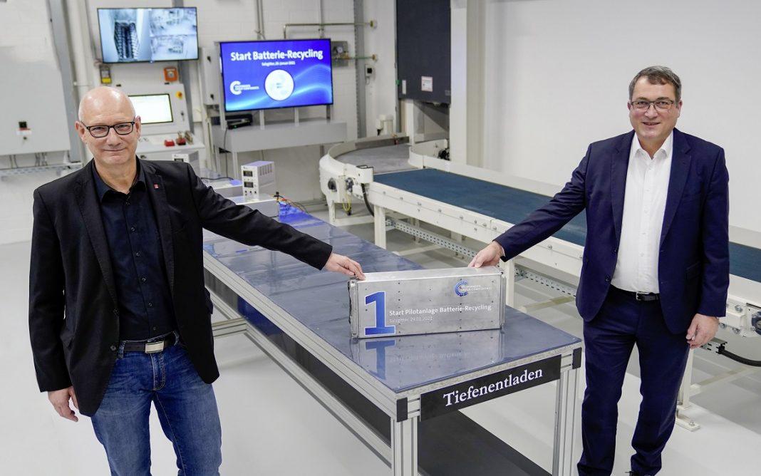 Imagen de la primera batería reciclada por Volkswagen