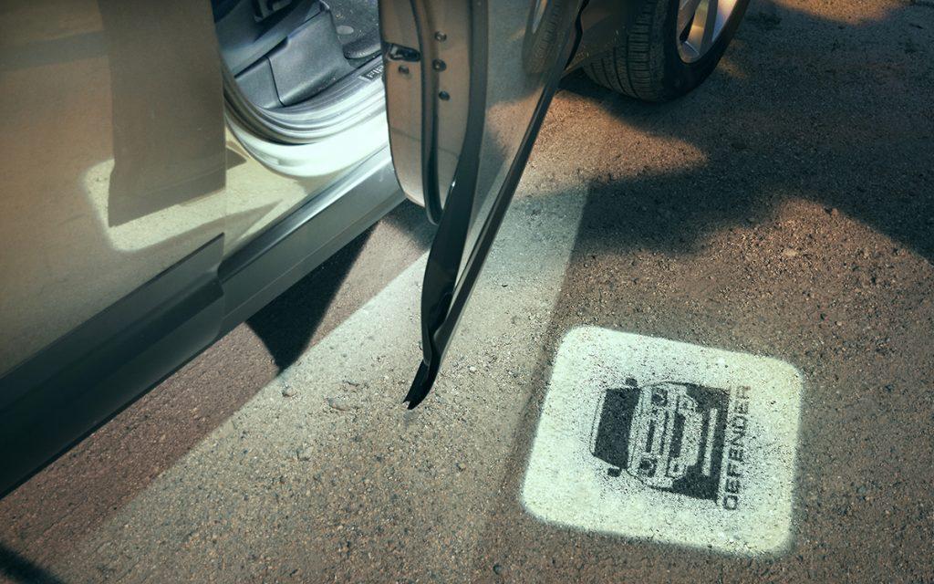 Iluminación de bienvenida del Land Rover Defender