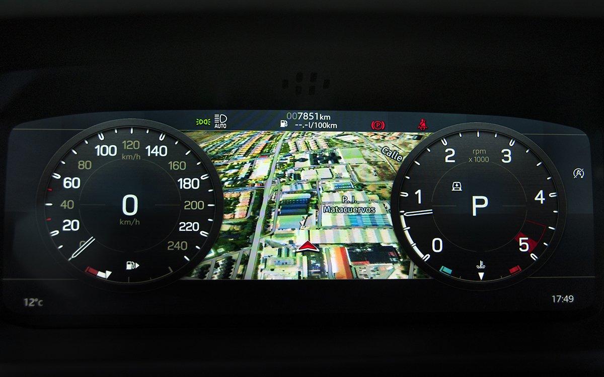 Navegador en Virtual Cockpit del Land Rover Defender