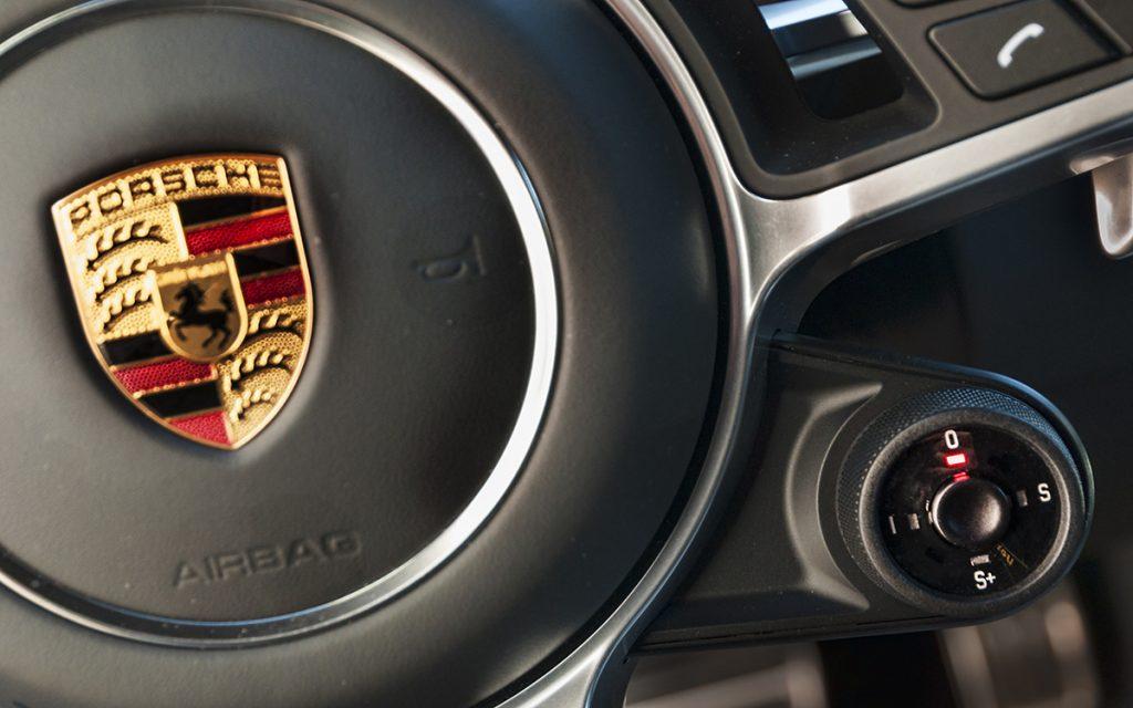 Selector de modos de conducción del Porsche Cayenne GTS