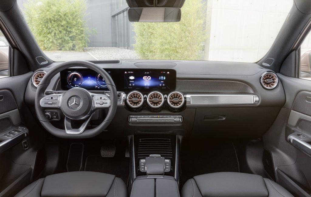 Imagen del Mercedes EQB por dentro