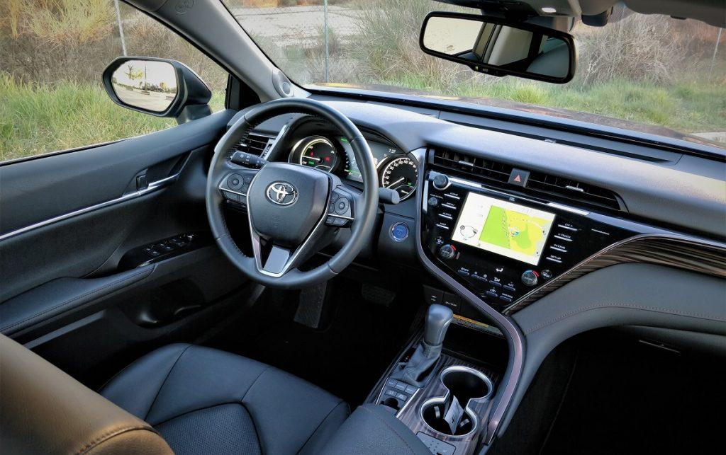 Imagen interior del Toyota Camry