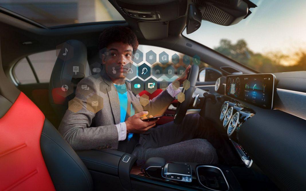 Imagen de un Mercedes conectado