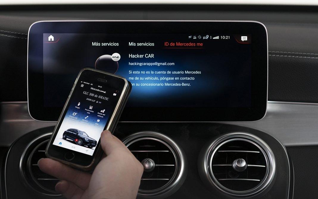 Móvil con app Mercedes Me
