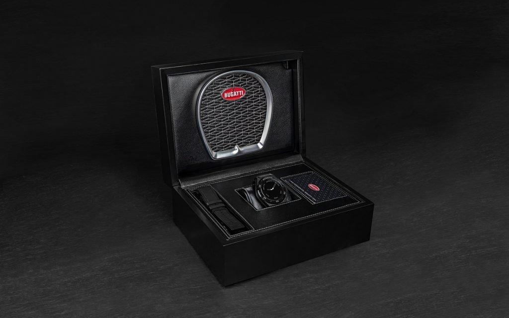 reloj inteligente de Bugatti en su caja