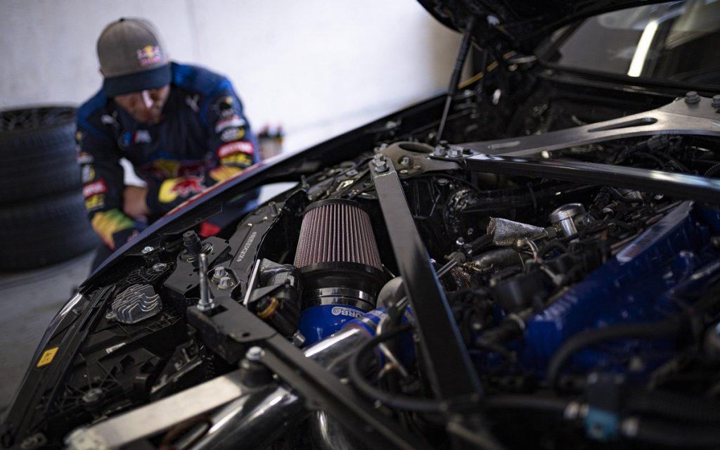 Vista del motor del BMW M4 Drift