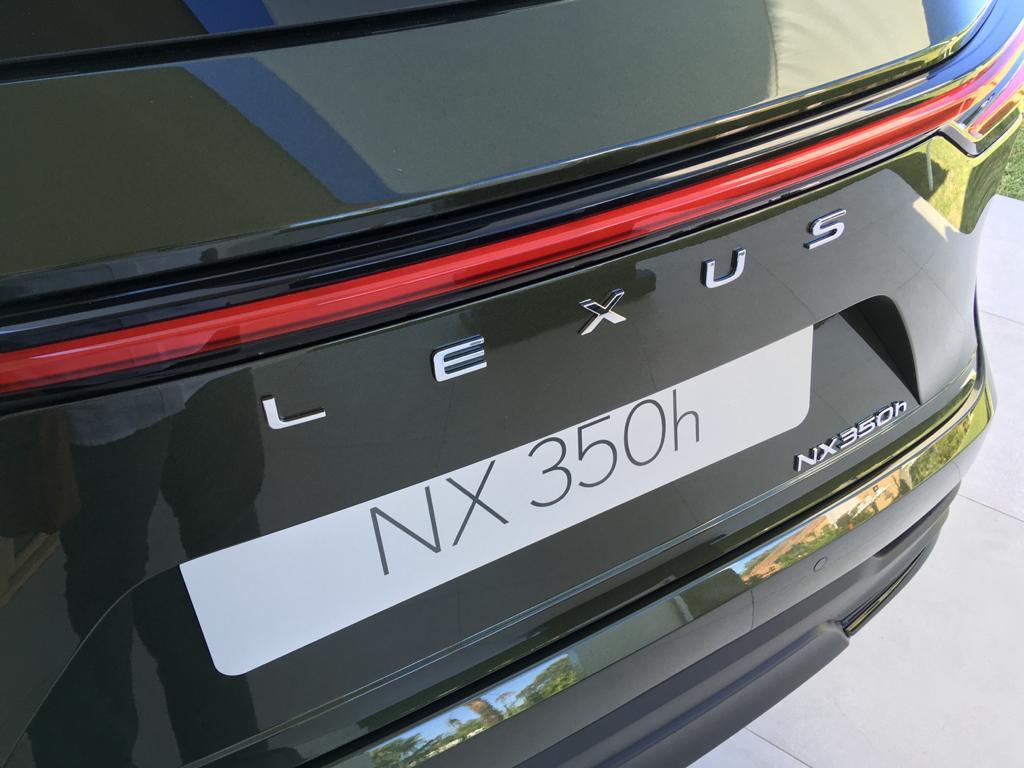 Detalle posterior del Lexus-NX-350h