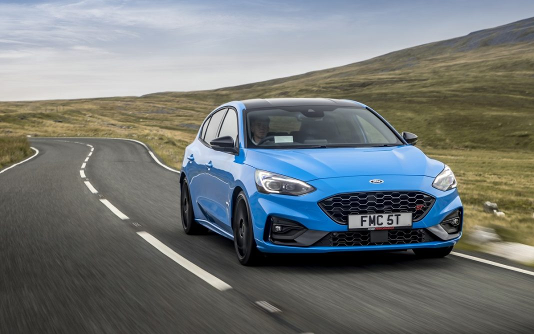 Imagen frontal del Ford Focus ST Edition