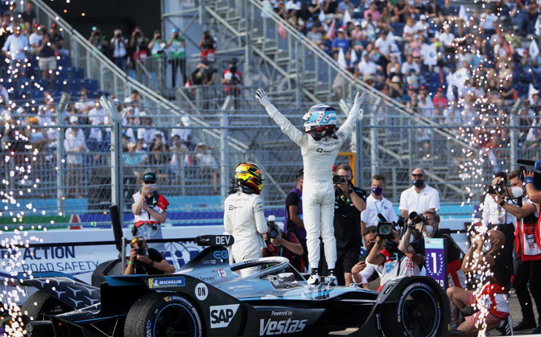 Mercedes Fórmula E tres cuartos trasero Nyck De Vries