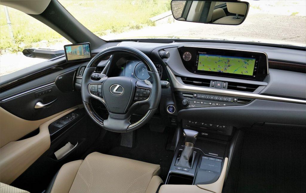 salpicadero Lexus ES 300h