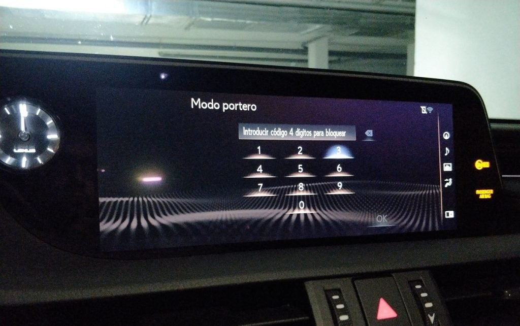 imagen pantalla bloqueo Lexus
