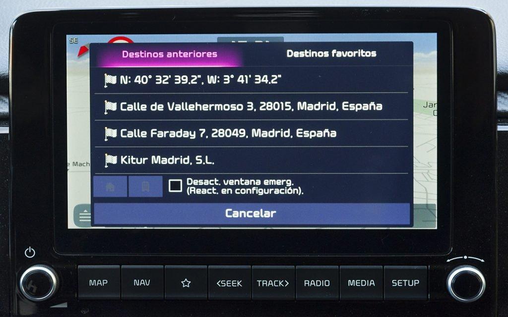 Opciones de navegación en el Kia Rio GT Line
