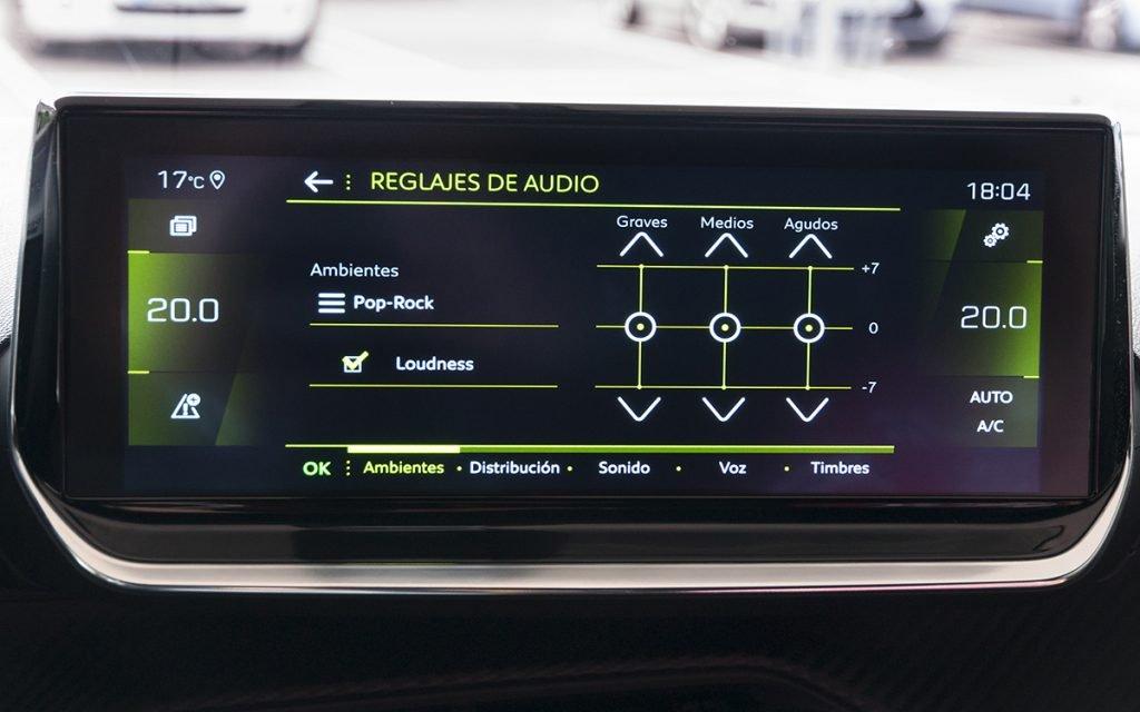 Ajustes de audio en el Peugeot 2008 GT