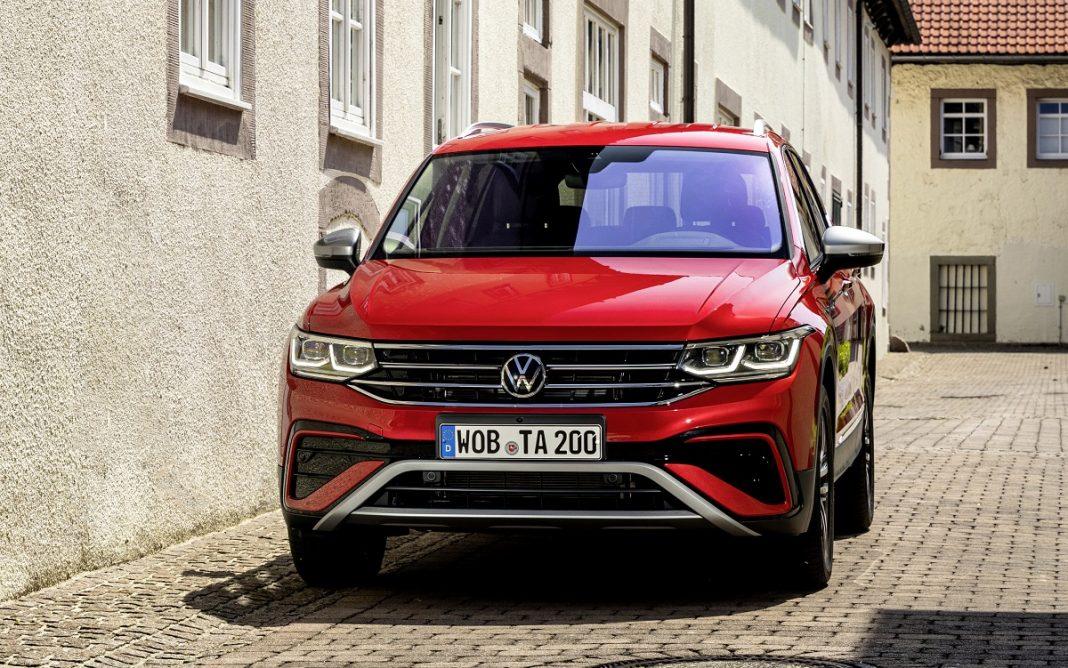 Imagen tres cuartos delantero VW Tiguan Allspace 2021