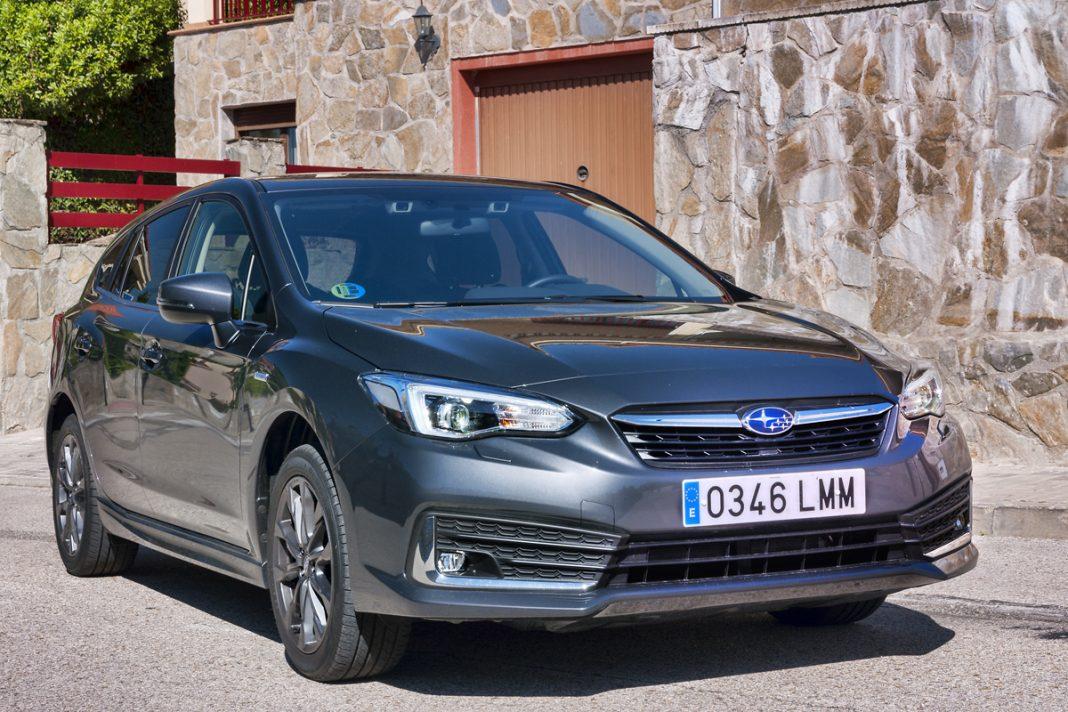 Imagen frontal del Subaru Impreza Hybrid