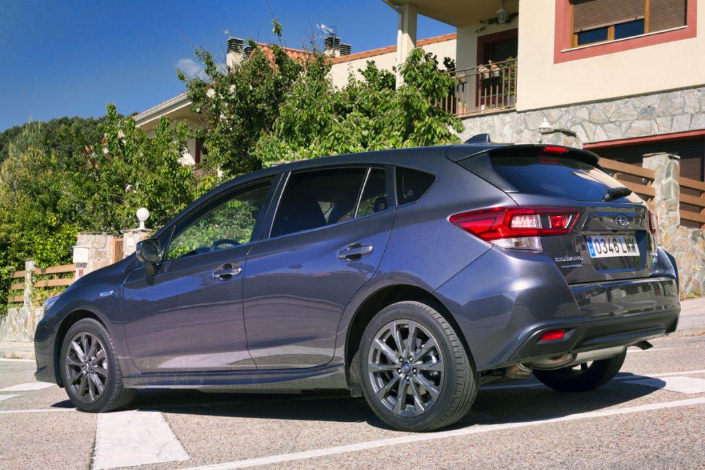 Imagen posterior del Subaru Impreza Hybrid